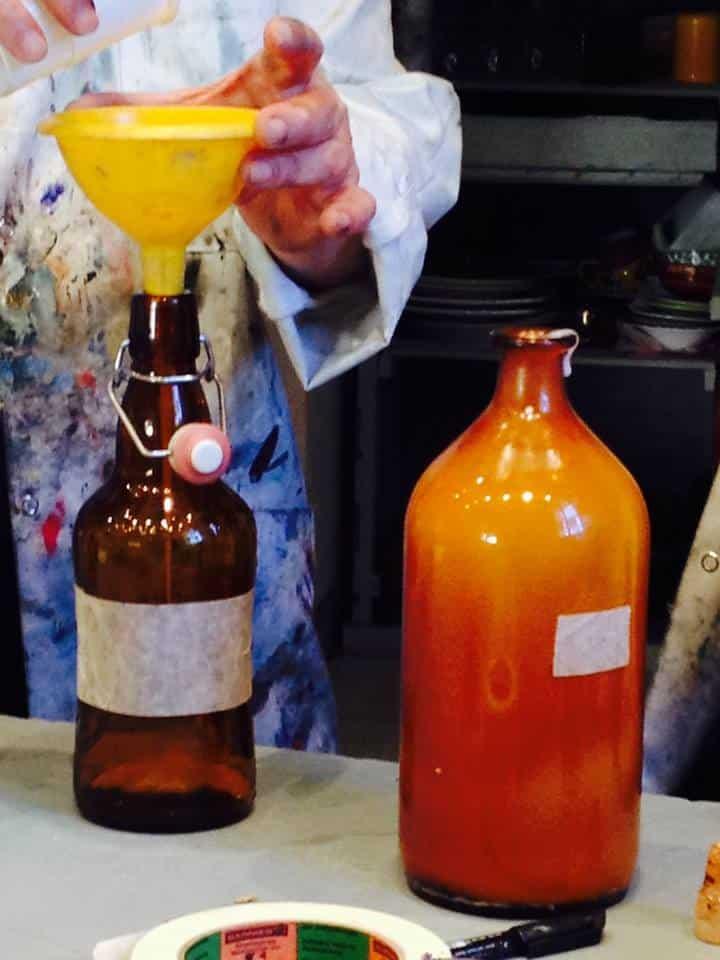 Fabrication vente produits peinture à l'huile, cire et émulsion